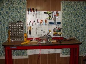 TEA N2 Laser on Workbench